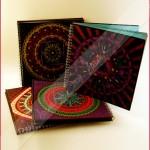 Con Mandala impreso en portada.